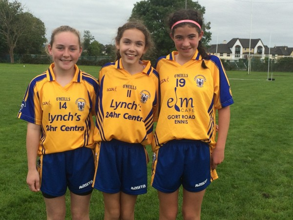 Clooney girls play with Clare in Munster Football Blitz