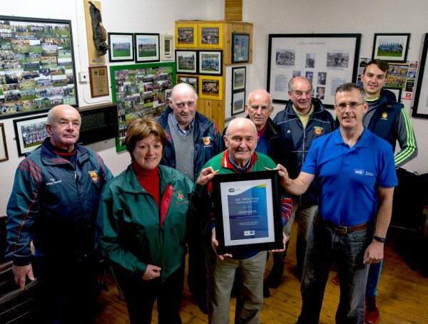 ESB, Official Energy Partner to the GAA, awarding €2,500 to Clooney Quin GAA